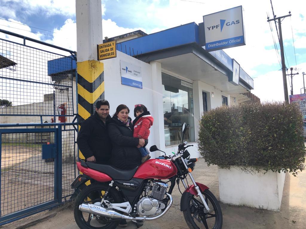 Una de las 24 motos sorteadas se quedó en Villa Gesell
