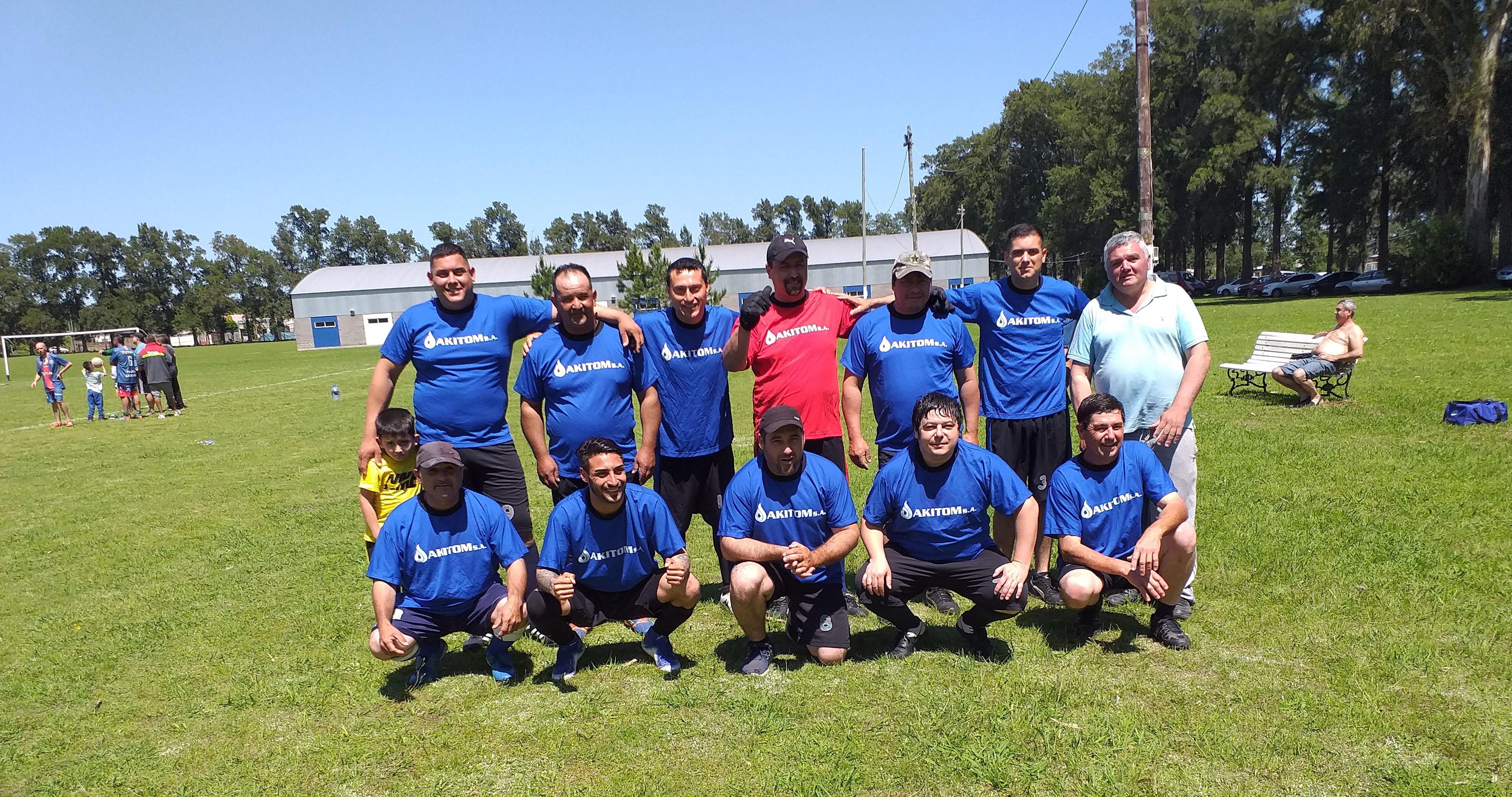 Triunfo de Akitom SA en el Torneo de Fútbol de Petroleros