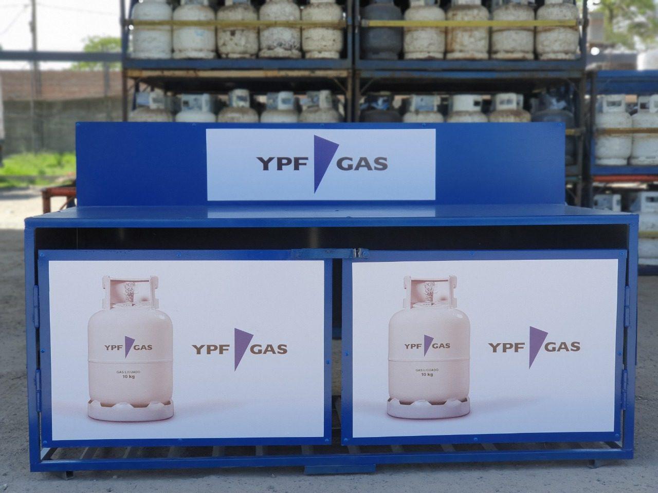 Buscá el Exhibidor de YPF Gas en cada Estación de Servicio YPF